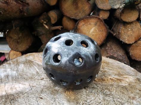 Keramický svícen koule KE 3